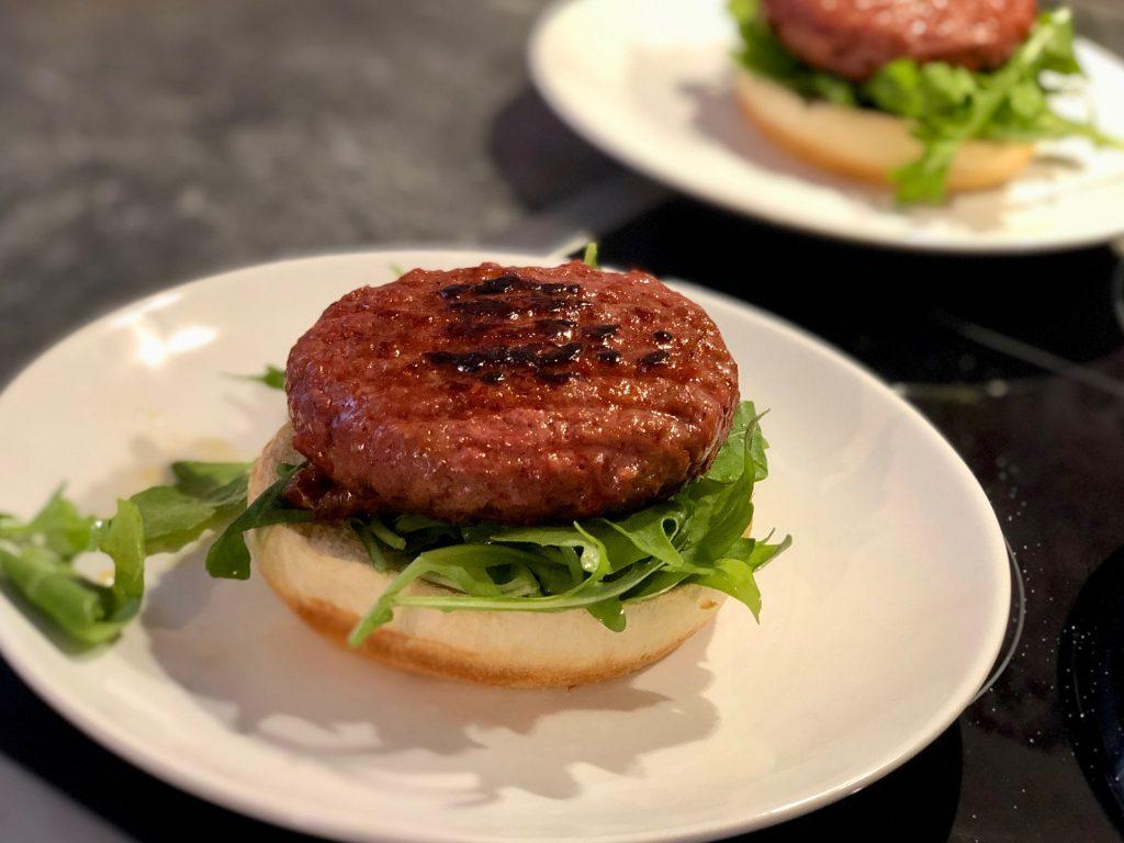 Burger bauen mit veganem Patty (LIDL)