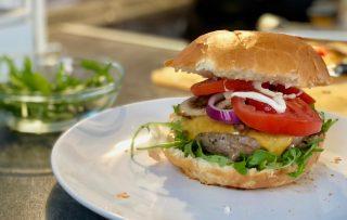 Kalbshackburger. Kalbshack vs. Rinderhack
